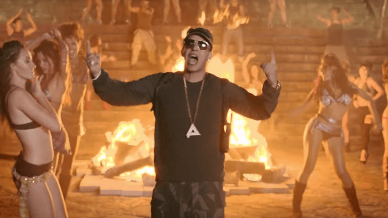 https://www.cinemagiants.com/wp-content/uploads/2020/12/11-Daddy-Yankee-Limbo-768x432-1.png